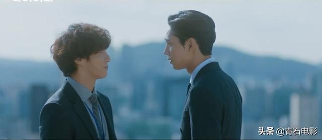 韩国tvN又出新剧,开播后豆瓣一路涨到8.9分,第一集就贡献高能戏