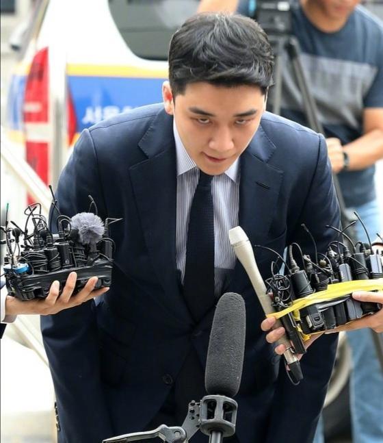李胜利又将被拘捕?被宣无罪后又涉及7项罪名,网友观望:等结果