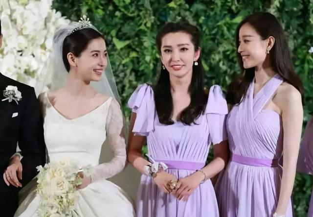 刘亦菲唐嫣刘诗诗风水轮流转,杨幂新朋友最多,细数85花的闺蜜情