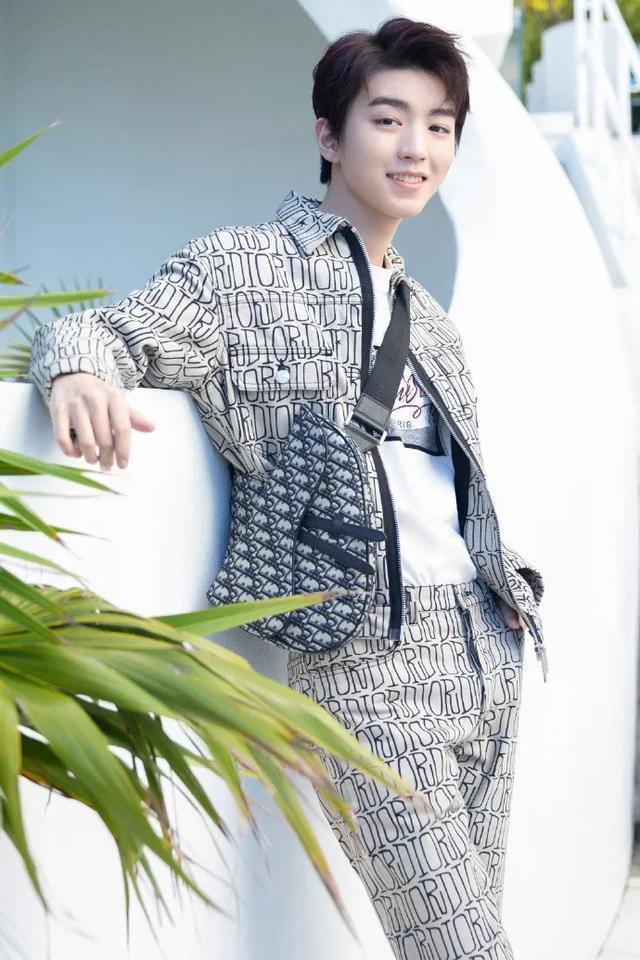 王俊凯:遵循自己的想法,去过独一无二的人生