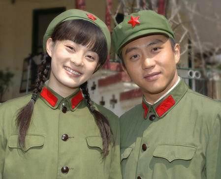 荧幕情侣这些都成真,郑爽张翰已成过去,罗晋唐嫣已经生双胞胎