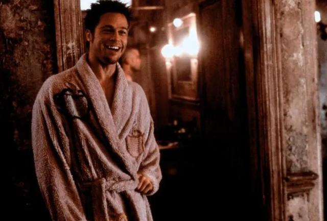 布拉德·皮特首获最佳男配角!这是他拿到手软的奥斯卡的一座而已