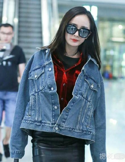 杨幂、袁姗姗、蒋欣、权志龙同款?这件牛仔外套不一般??!