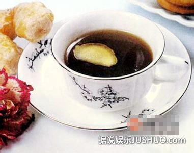饮食物语 冬天这样喝生姜红糖水有奇效
