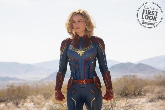 《惊奇队长》新海报 布丽·拉尔森全身发光显技能
